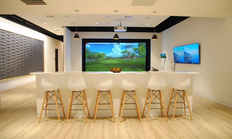 Outdoor Entertainment Dallas Tx, Smart Home Control Highland TX, Evolve Technology Showroom, Modern Design, Golf Simulator, Barstools, Smart Lighting